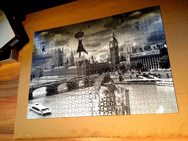 Puzzle schwarz weiß